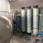 Hộ gia đình lắp đặt hệ thống lọc nước tinh khiết sử dụng sinh hoạt hàng ngày