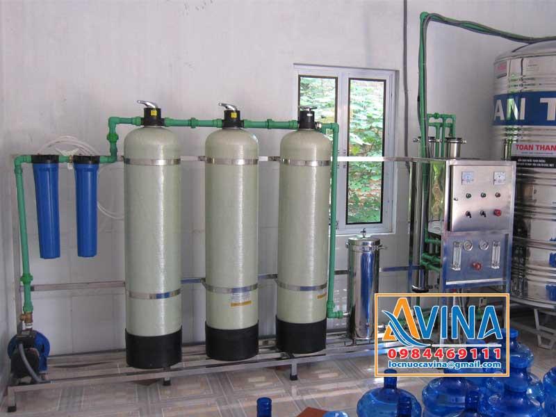 Cột lọc composite trong hệ thống lọc nước tinh khiết sản xuất nước đóng bình