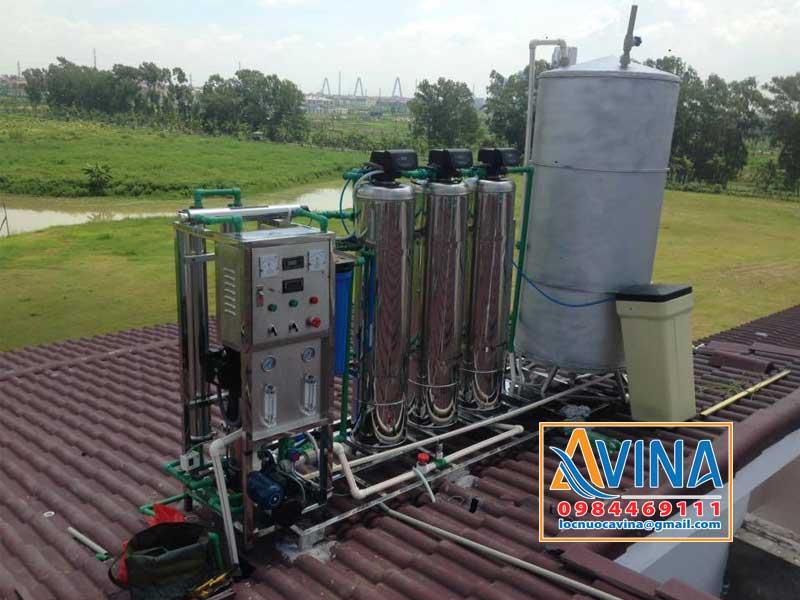 Cột inox thích hợp với hệ thống lọc nước lắp đặt ngoài trời