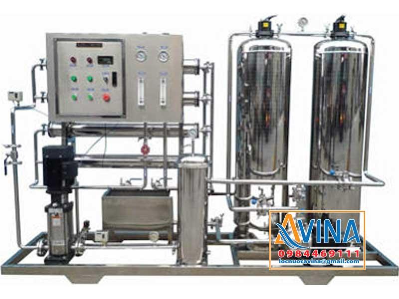 Hệ thống lọc nước tinh khiết sử dụng cột lọc inox