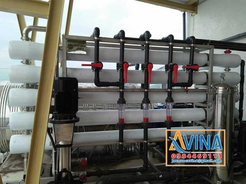 Lưu lượng kế dạng phễu lắp đặt trong hệ thống lọc nước tinh khiết