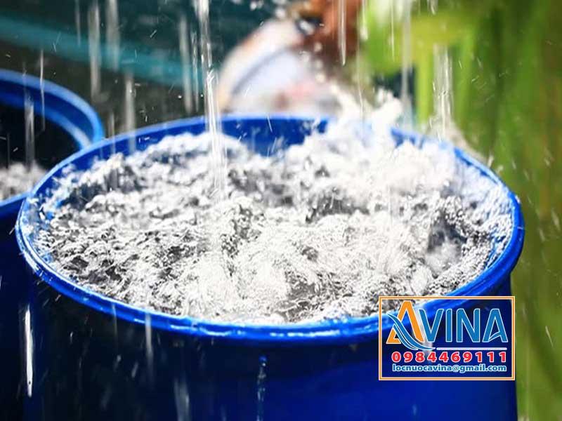 Nước mưa dùng cho ăn uống có sạch không?